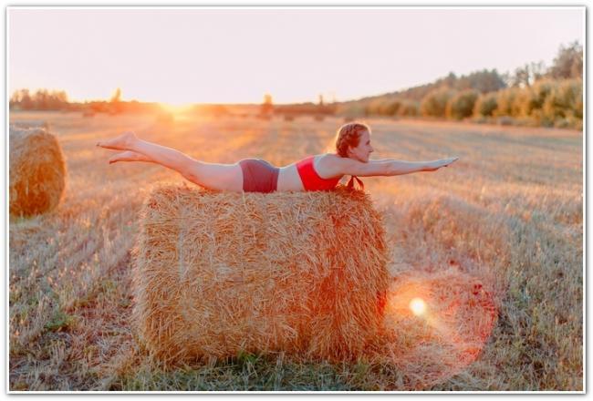 Анна Денисова упражнение супермен