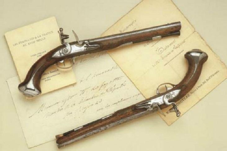 Пистолеты президента