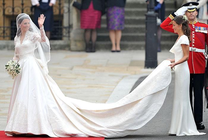 Платье Сару Бертон