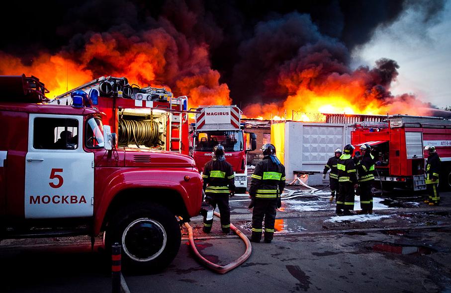Московские пожарные