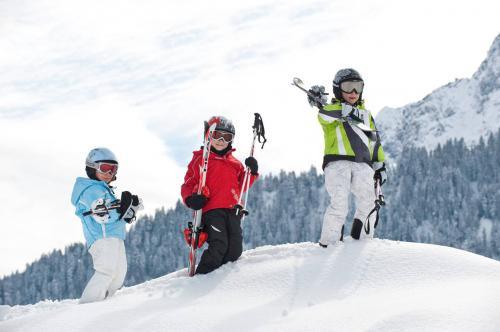 Детский тренинг лыжи