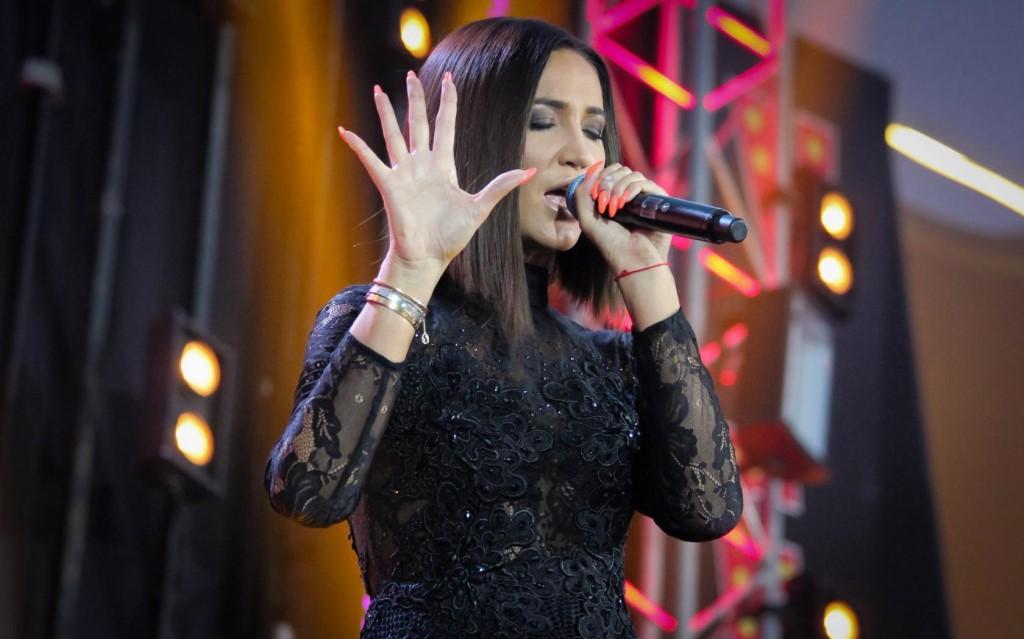 Мнения о песнях Ольги довольно неоднозначные, но это не мешает ей успешно зарабатывать на вокальной карьере