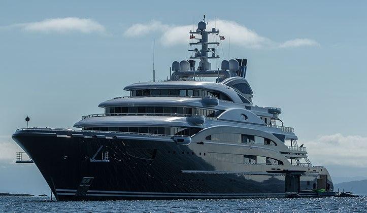 Яхта Serene