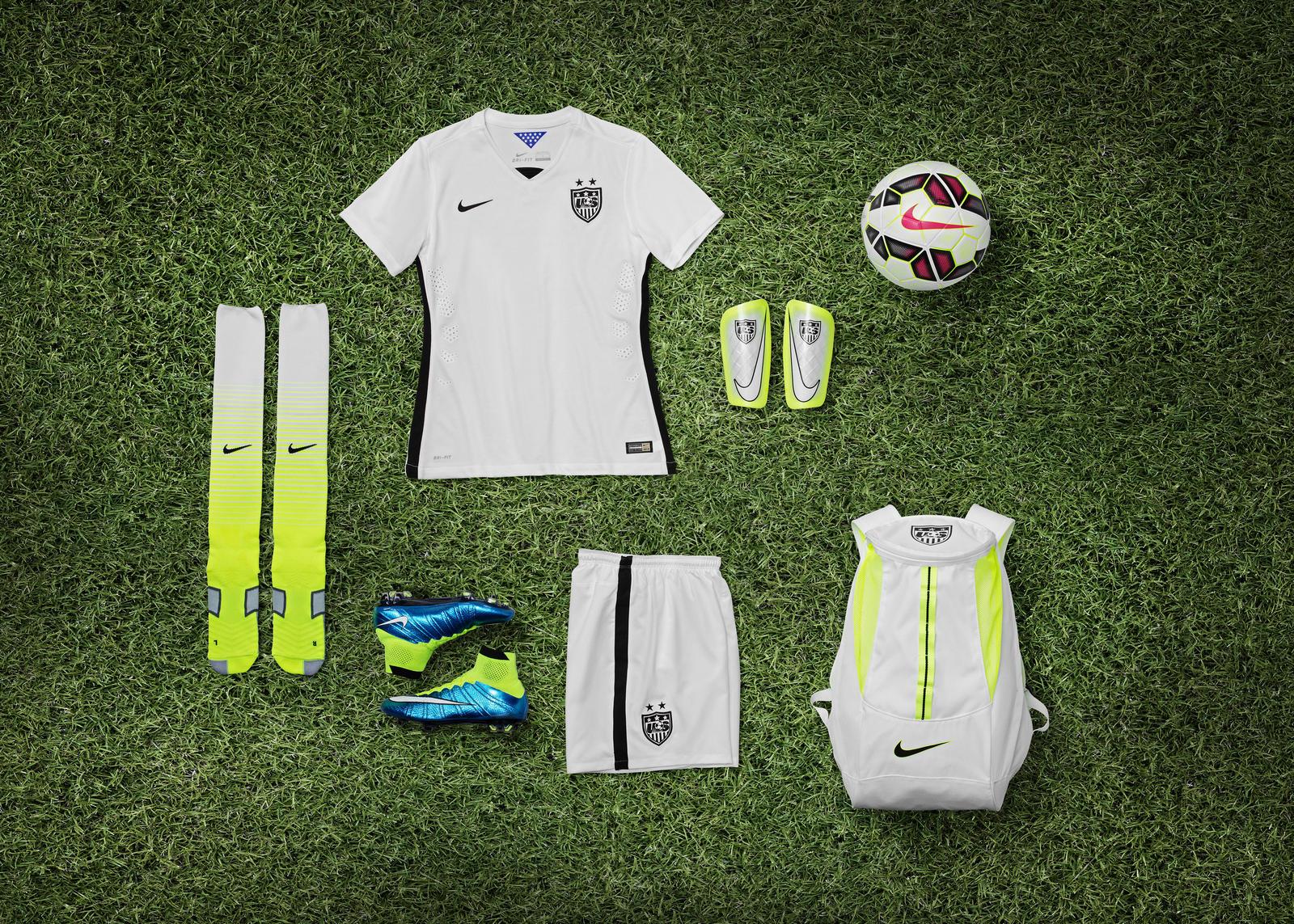 Футбольная экипировка