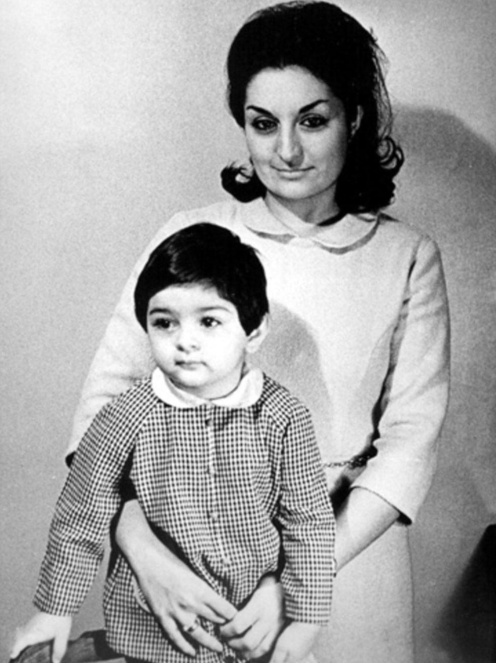 Мехрибан с матерью