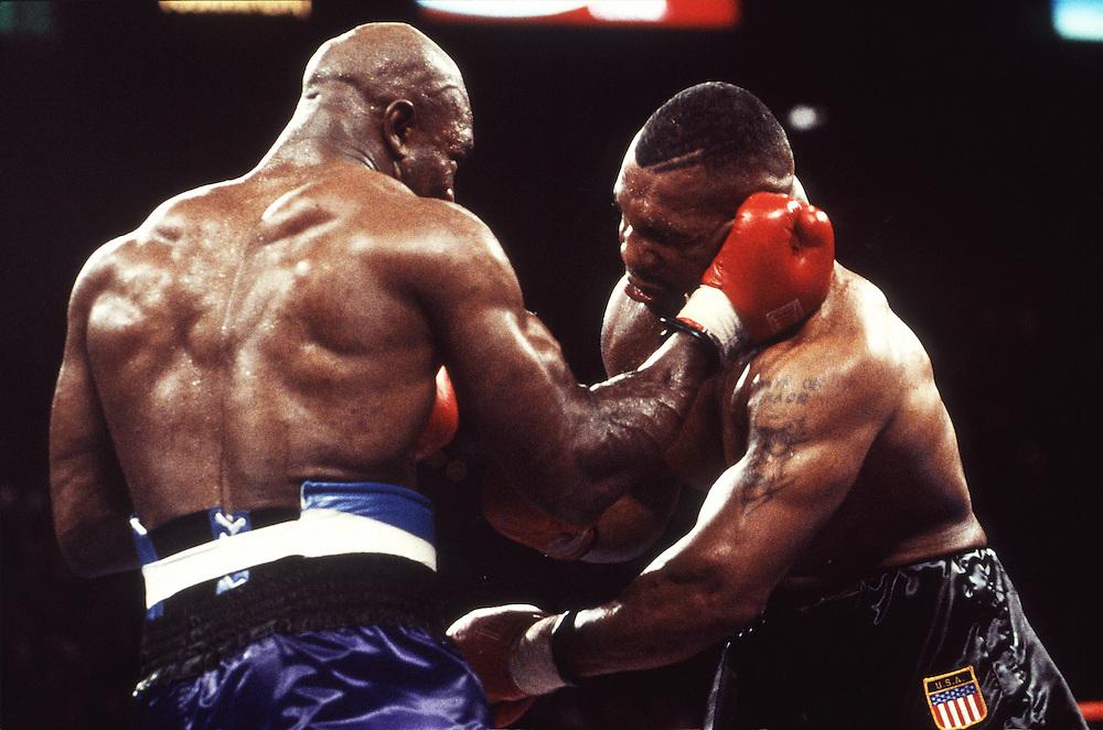 1996 Майк Тайсон против Эвандера Холифилда