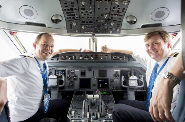 Король Нидерландов Виллем-Александр — второй пилот KLM