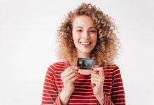 Девушка с кредиткой