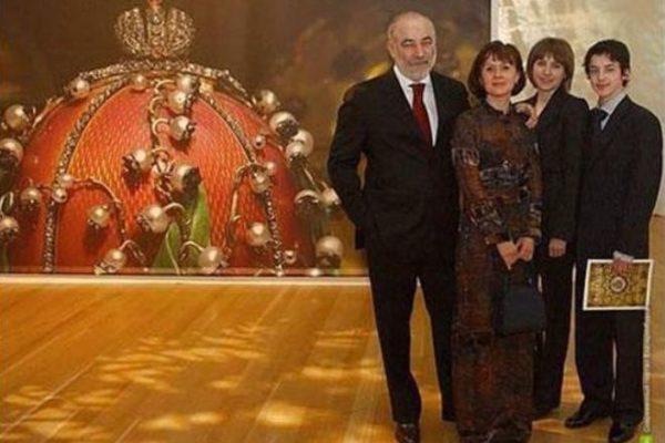 Как живут 7 богатых детей-миллионеров из России