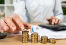 Как вернуть налог самозанятым за 2019 год и получить дополнительную выплату в 2020 году: кому положены, последние новости