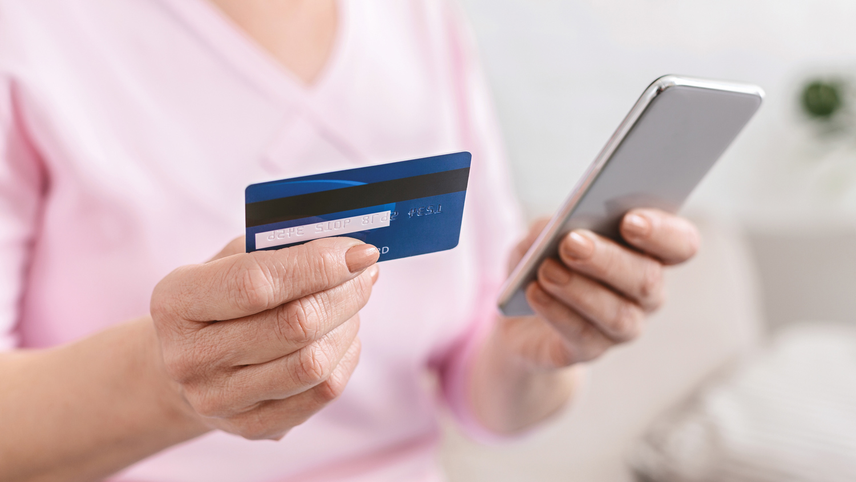 Перевод денег через смартфон