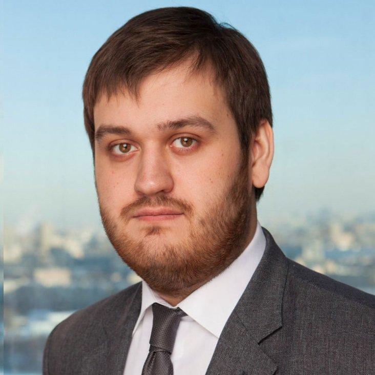 Российский финансовый аналитик