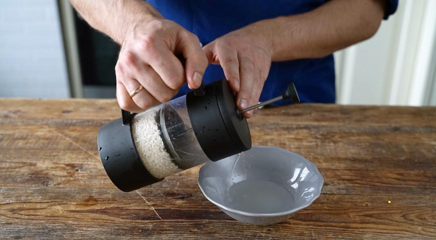 Промывание крупы