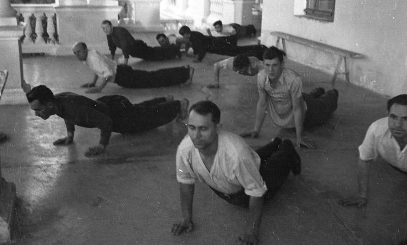 Физиотерапия в советском санатории