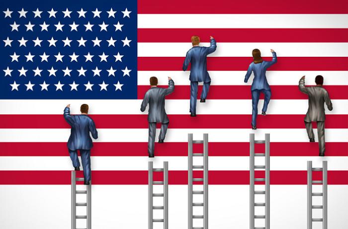Кандидаты в президенты и флаг США