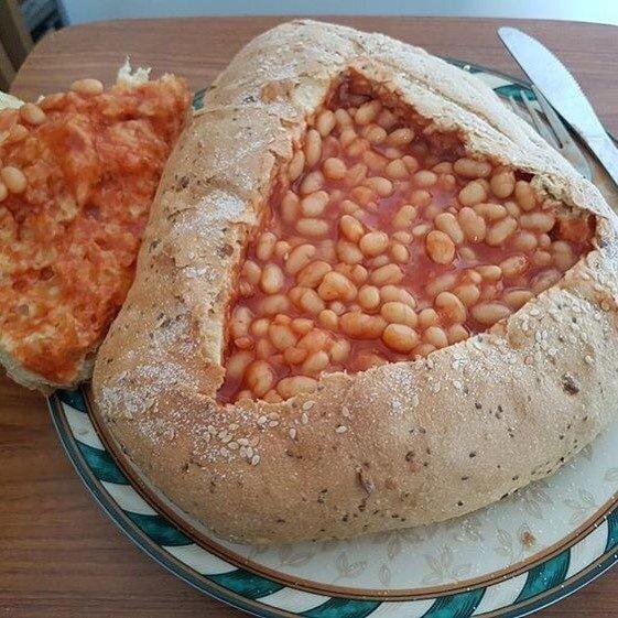 Фасоль в хлебе
