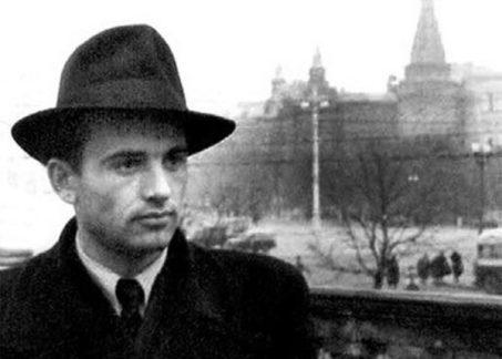 Молодой Михаил Горбачев
