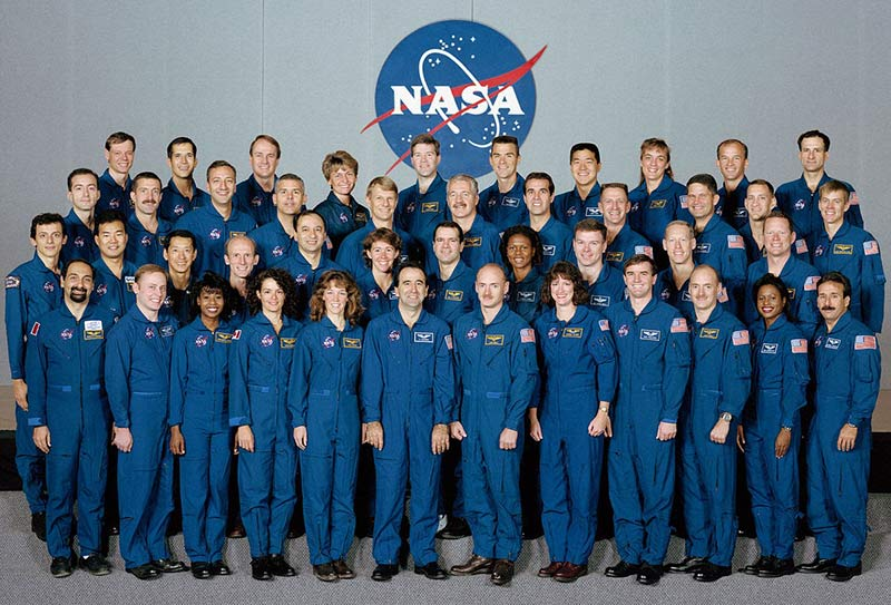 Сотрудники NASA для группового фото