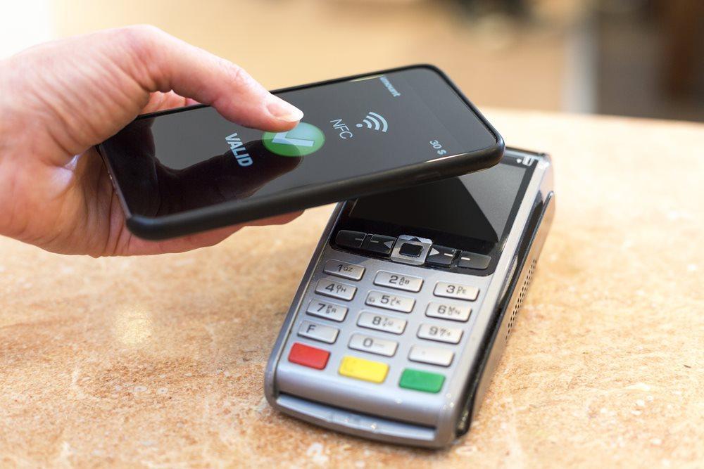 Оплата со смартфона через NFC