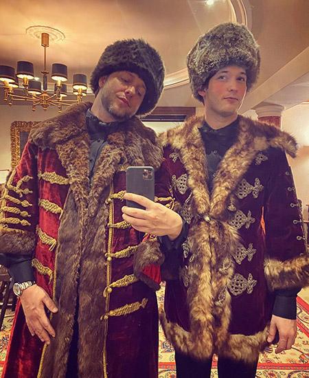 Гости на русской вечеринке
