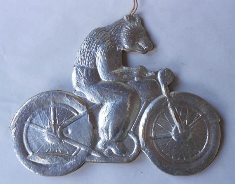 Елочная игрушка СССР медведь на мотоцикле