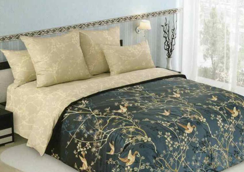 Кровать с постельным комплектом
