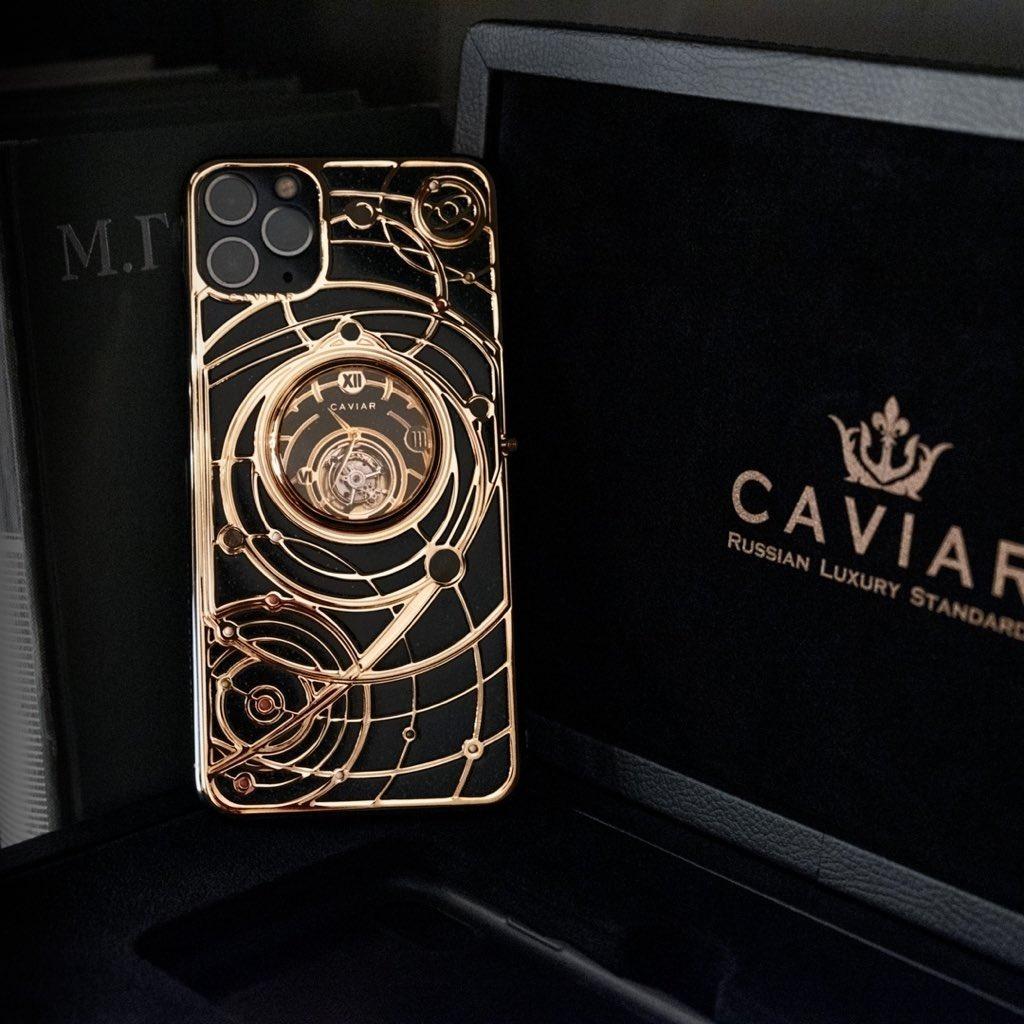 Золотой iPhone Caviar