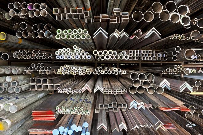 Изделия из металла с разным поперечным сечением