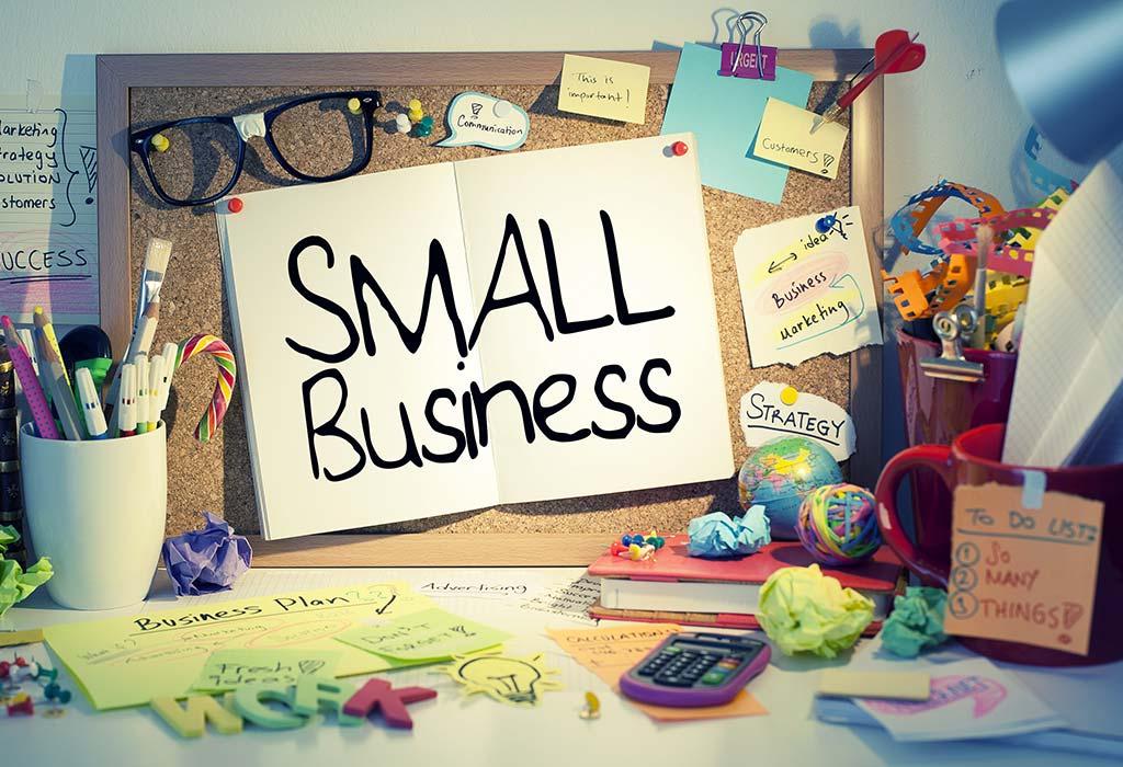 Надпись Small Business и множество мелочей вокруг