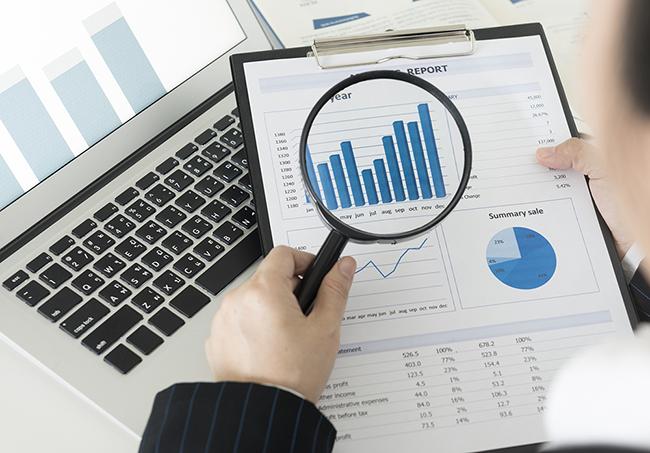 Изучение ситуации на фондовых рынках в графиках через увеличительное стекло