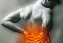 мужчина огонь на пояснице боль в мышцах